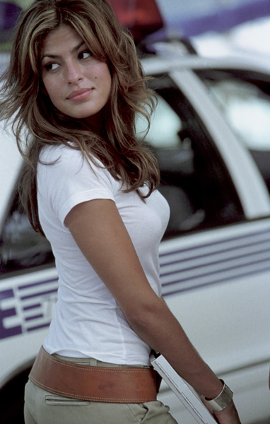 http://juliusdesign.files.wordpress.com/2007/03/eva_mendes.jpg
